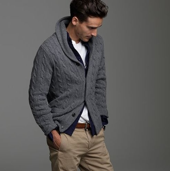 Nice layering for the fall climate.