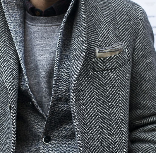 Good layering of the same [herringbone] pattern of different sizes.